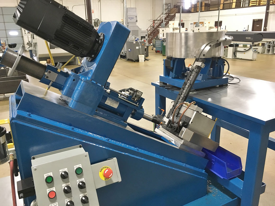 Hypneumat Slant Bed Tapping Machine 2